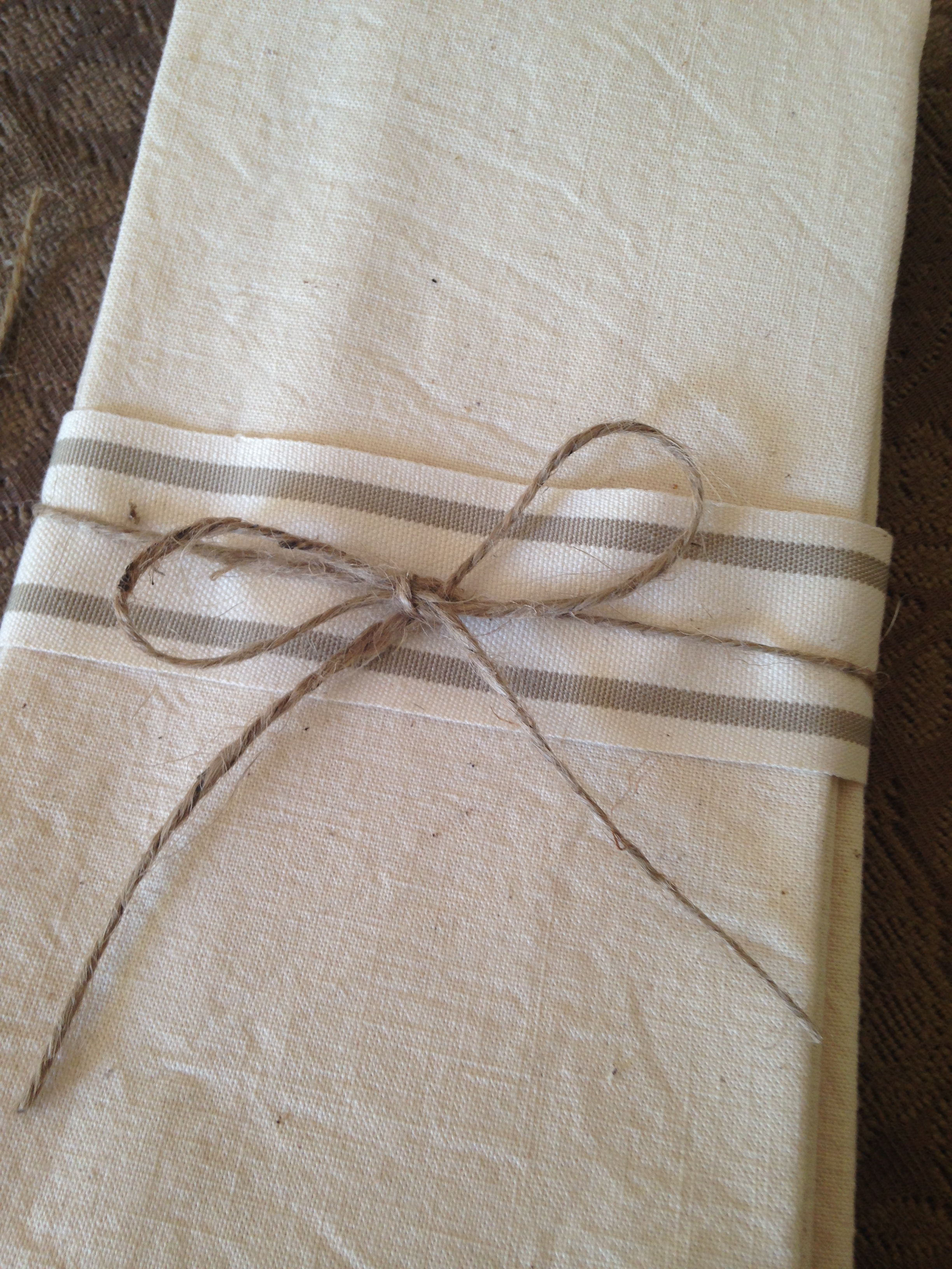French Vintage Linen Napkin Set